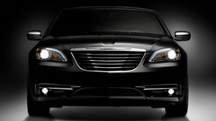 ����� Chrysler 200 ����� ��������� ��� ������������ Mercedes