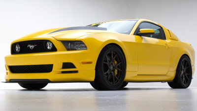 Ford Mustang Yellow Jacket
