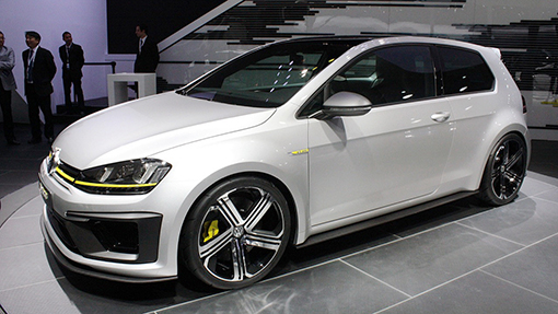 Концепт Volkswagen Golf R 400
