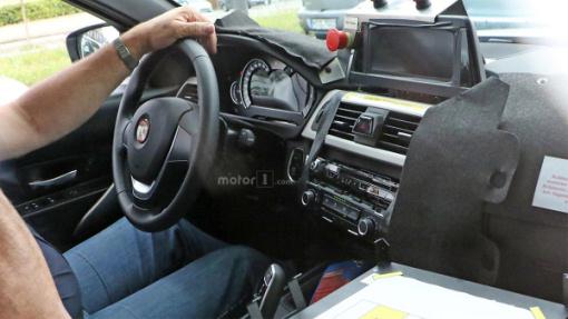 Салон тестового прототипа BMW 3 Series новой генерации