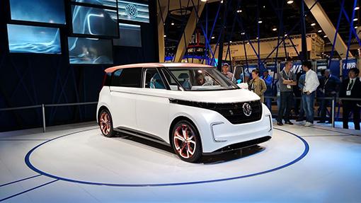VWподтвердил показ на автомобильном салоне встолице франции e-Golf 2019 модельного года