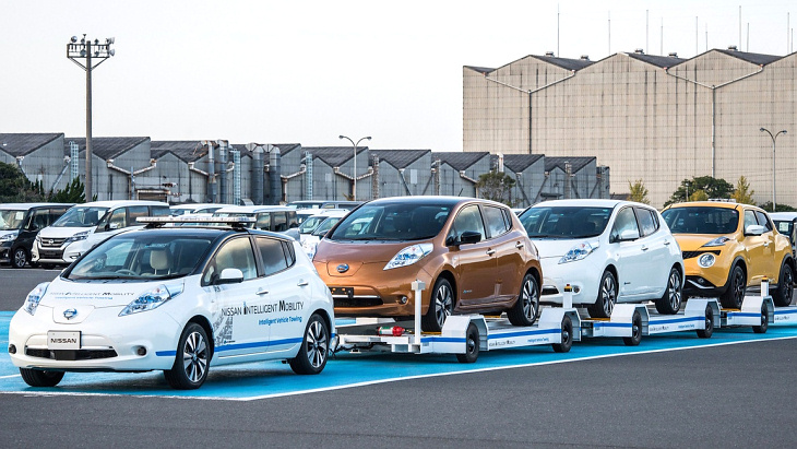 Nissan Leaf в составе Intelligent Vehicle Transport
