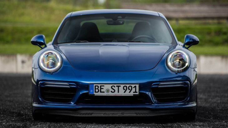 Porsche 911 Turbo S Blue Arrow by Edo Competition