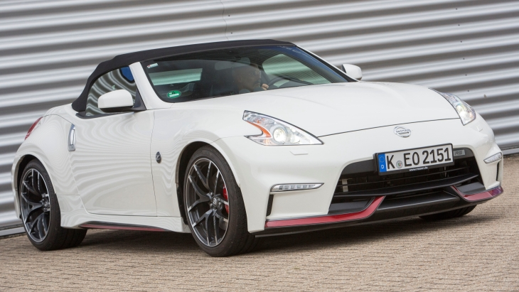 Родстер Nissan 370Z RS Roadster