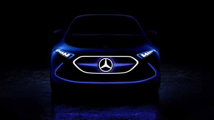 Тизер концептуального электрокара Mercedes-Benz EQ A Concept