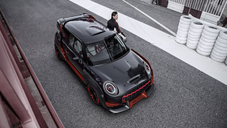 Концепт MINI John Cooper Works GP Concept