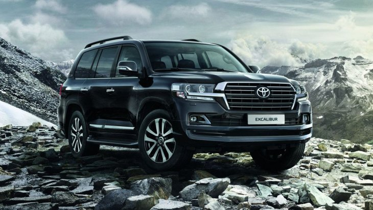 Внедорожник Toyota Land Cruiser 200 Excalibur