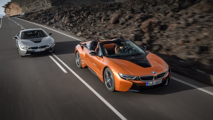 Новый BMW i8 Roadster и BMW i8 Coupe