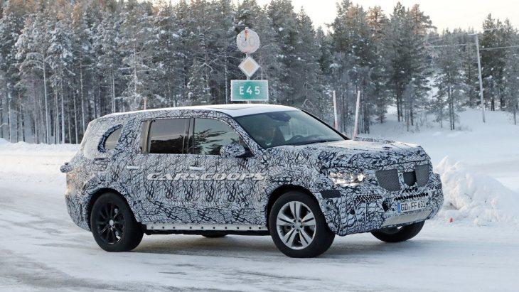 Внедорожник Mercedes-Benz GLS нового поколения