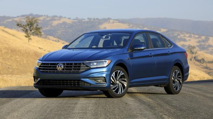 Седан VW Jetta седьмого поколения
