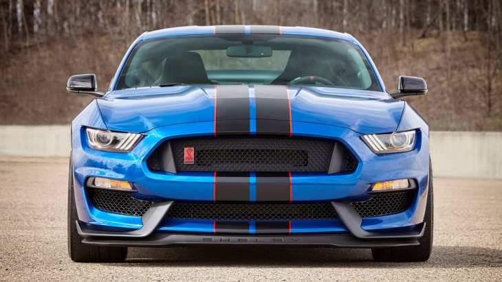 Купе Ford Mustang Shelby GT350R