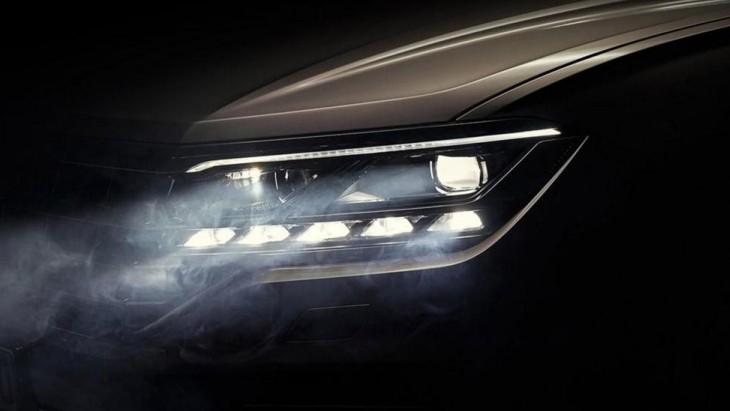 Тизер внедорожника Volkswagen Touareg нового поколения