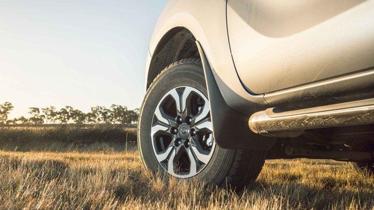 Тизер обновлённого пикапа Mazda BT-50