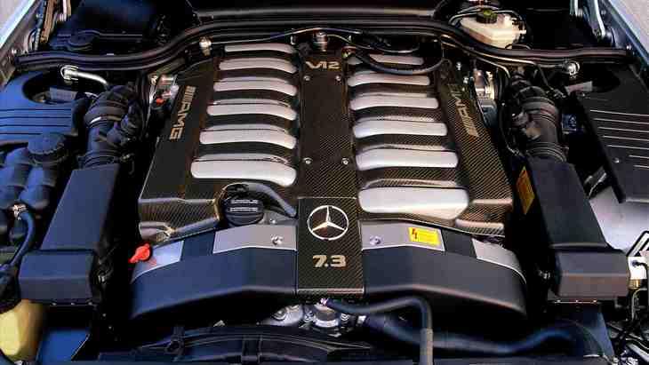 Двигатель Mercedes-AMG V12