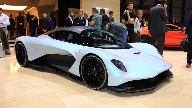Стало известно название нового гиперкара Aston Martin