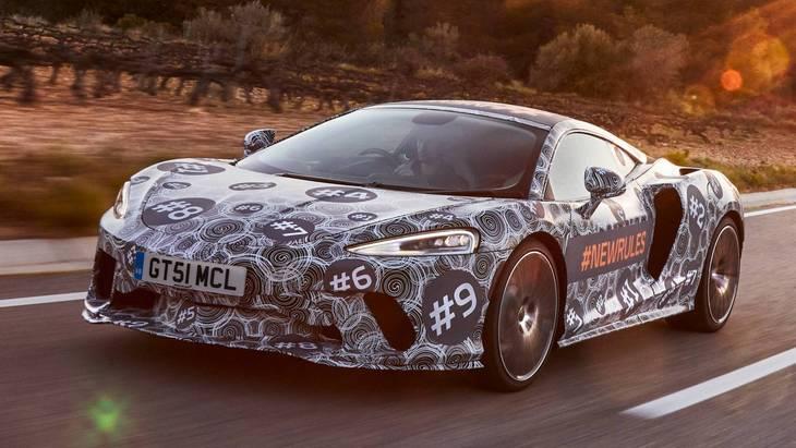 McLaren снял камуфляж с сенсационного суперкара Grand Tourer