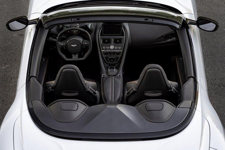 Самый быстрый кабриолет бренда. Aston Martin представил DBS Superleggera Volante