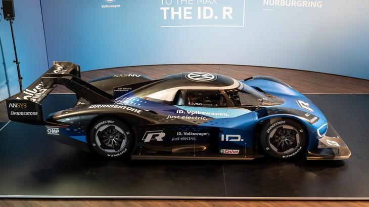 Volkswagen намерен установить новый рекорд круга на Нюрбургринге для электромобилей