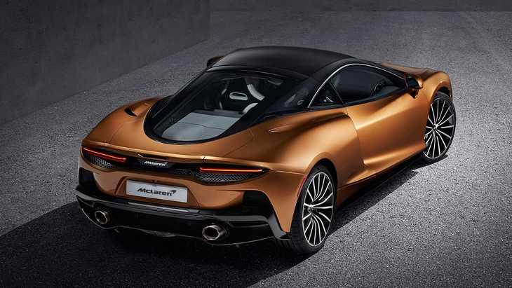 Практичный суперкар. McLaren официально представил новую модель GT