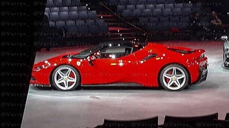 Новую гибридную Ferrari рассекретили до премьеры